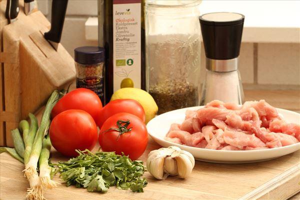 Skinkestrimler med tomatsalsa