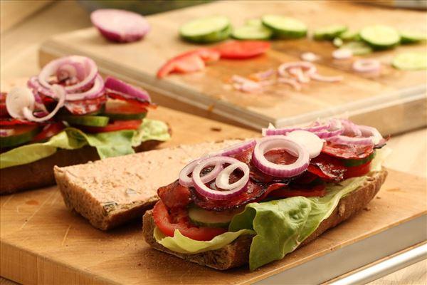 Sandwich med ristet chorizo