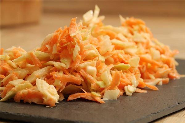 Kålsalat (coleslaw)