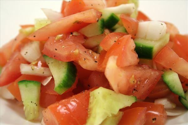Tomatsalsa med agurk