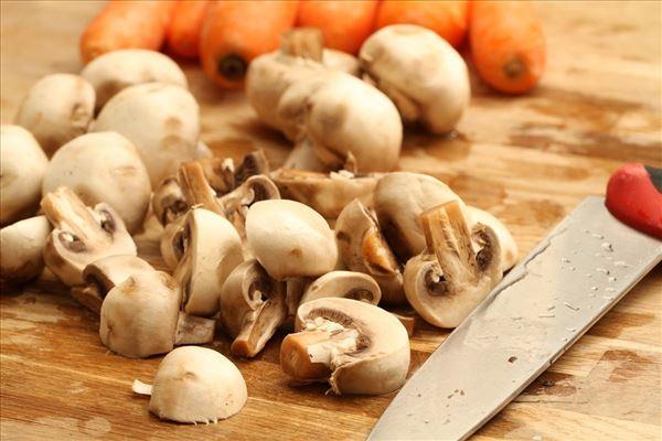 Andebryst med champignon