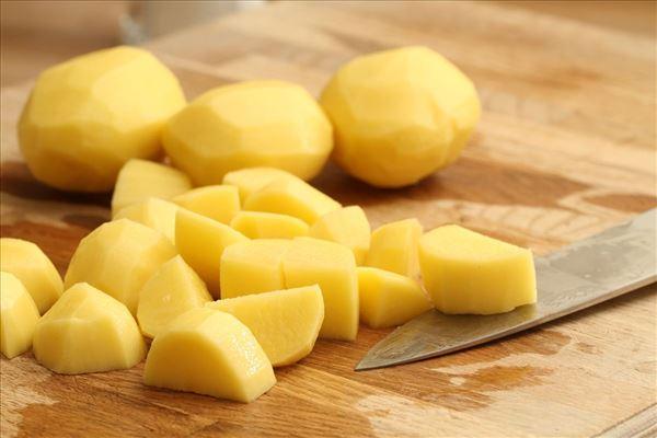 Grillstegt laks med kartoffelsalat