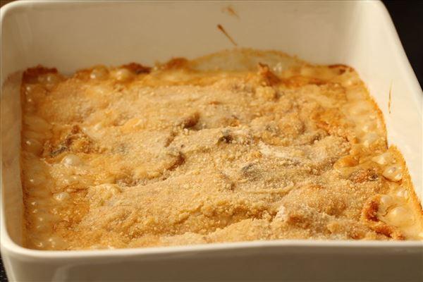 Sejfilet med champignonauce og små kartofler