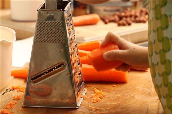 Gulerodskage med flødeost