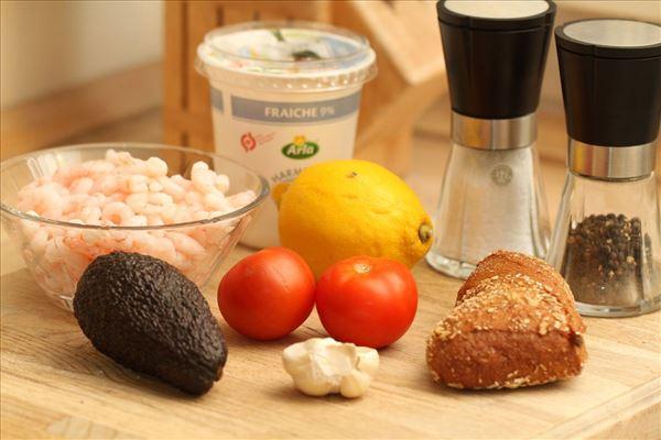 Avocado-reje forret på brød