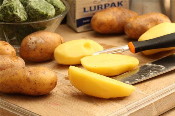 Medisterpølse med grønkål og kartofler
