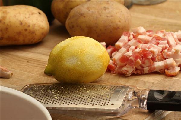 Ovnbagt kalkunbryst i citron med bagekartofler