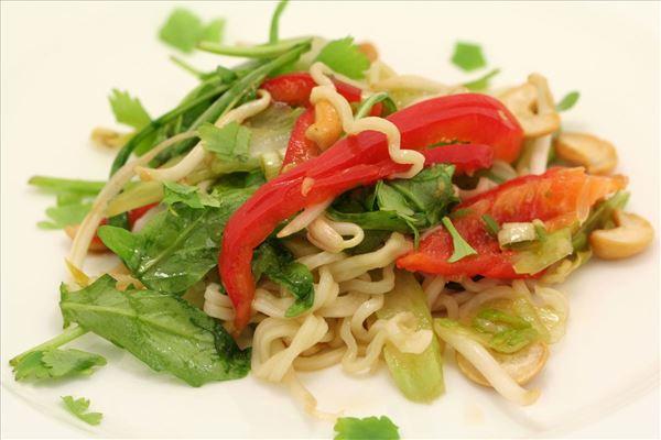 Thai nudelsalat
