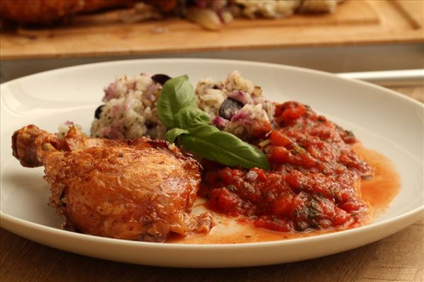 Farseret kylling med tomatkompot