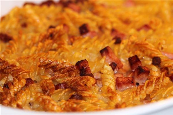 Pastaret med skinke og bacon
