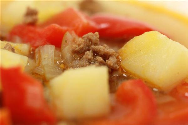 Nem oksekødssuppe med kartofler