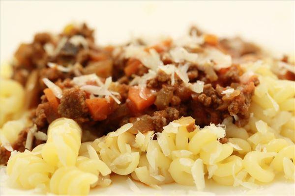 Pasta med grønsagskødsauce