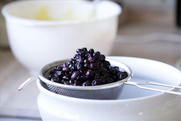 Marcipantærte med blåbær