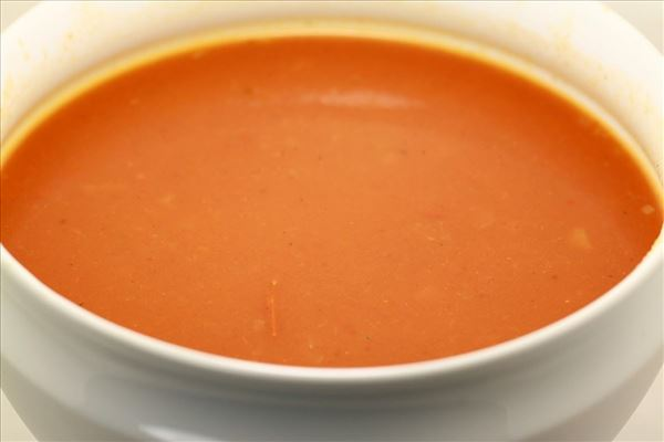 Tomatsuppe i mikroovnen