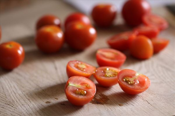 Torsk med rejer og bagte tomater