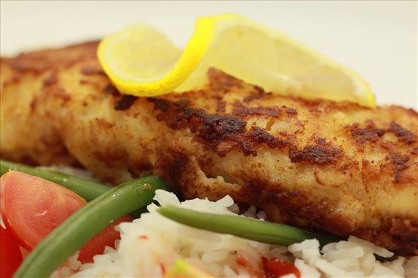 Hurtig fiskefilet med chili sauce