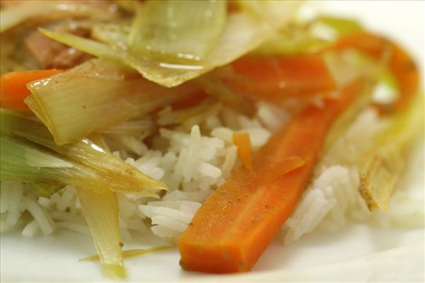 Dampet laks med ris