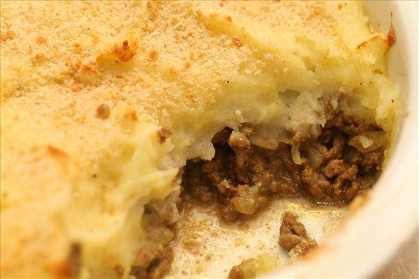 Bagt Kartoffelmos Med Æg bagt kartoffelmos med karry og oksekød - madopskrifter.nu