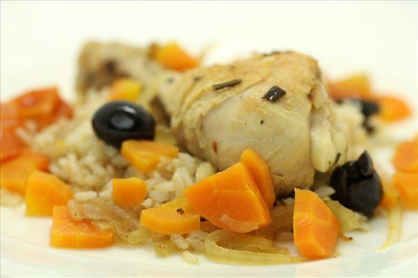 Kyllingegryde med brune ris