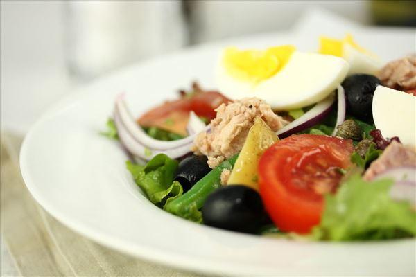 Salat nicoise med tun