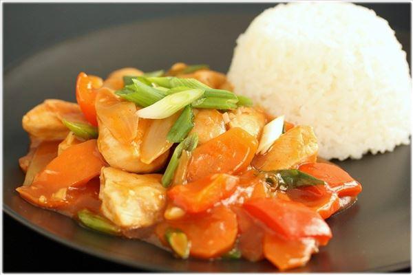 Sur/sød kylling med grøntsager