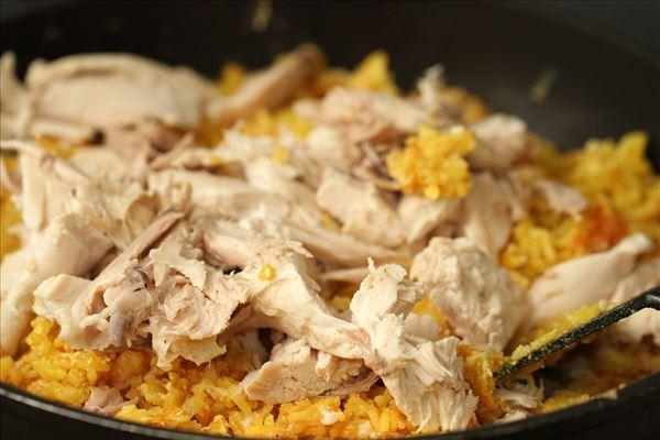 Stegte ris med kylling i karry