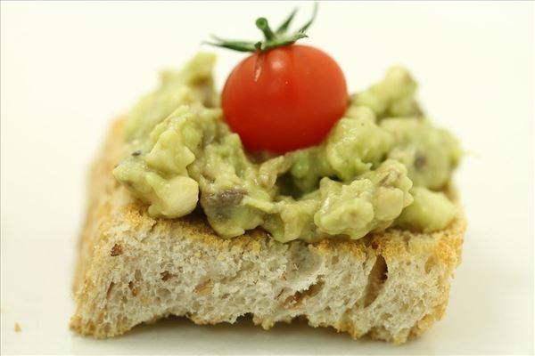 Avocado-brød