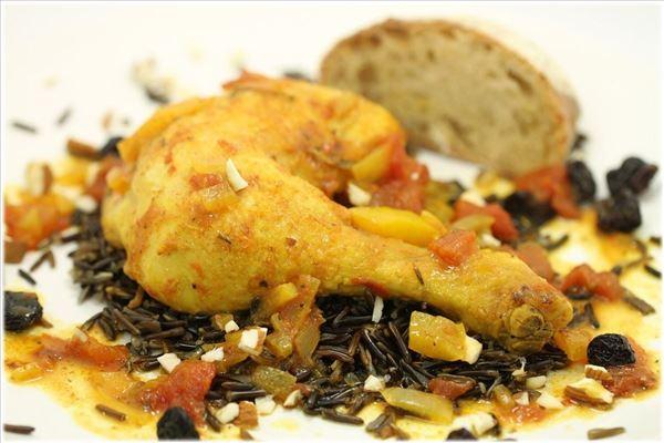 Kylling Americano med grønsager og vilde ris