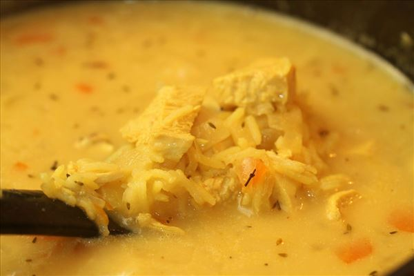 Karrysuppe med kylling og ris