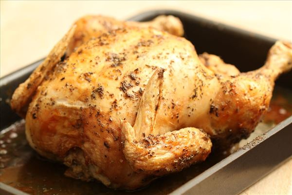 Helstegt kylling med hasselbackkartofler