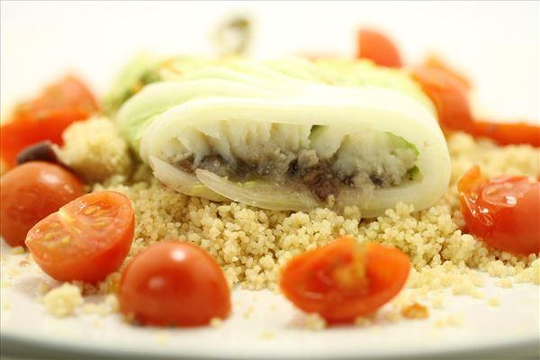 Fisk i kål med couscous