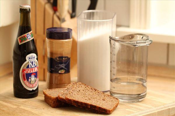 Øllebrød med hvidtøl og kanel