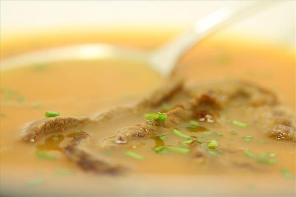 Chili-kartoffelsuppe