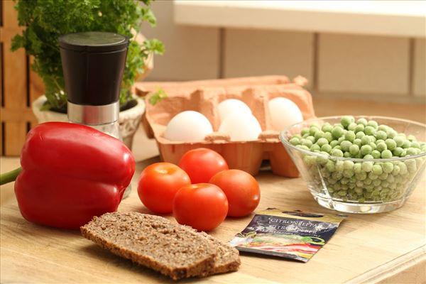 Ovnbagt omelet med grønt DDV Frokost