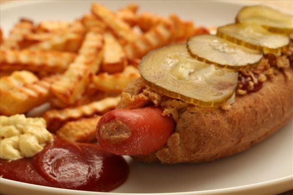 Pomfritter og hotdog