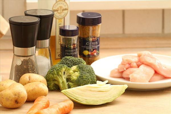 Kylling med rustikke grøntsager