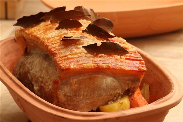 Stegesoens flæskesteg med hjemmelavet rødkål