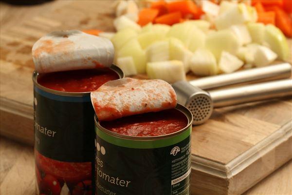 Italienske koteletter i fad med frisk pasta